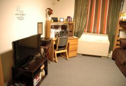 mullinax-room-2