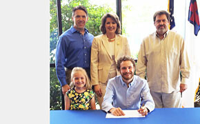 Hanner signs scholarship with Southern Wesleyan University