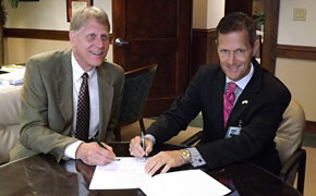 SWU, Baptist Easley Hospital sign agreement