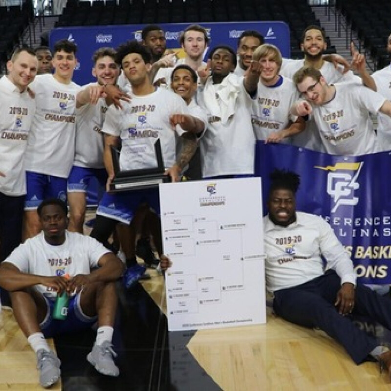 Mens Basketball wins first ever Conference Carolinas title in school history